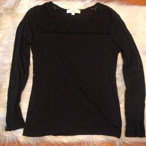 Anne Taylor LOFT long sleeve shirt